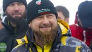 Ramsan Kadyrow bei der Eröffnungsfeier des Skigebiets Veduchi