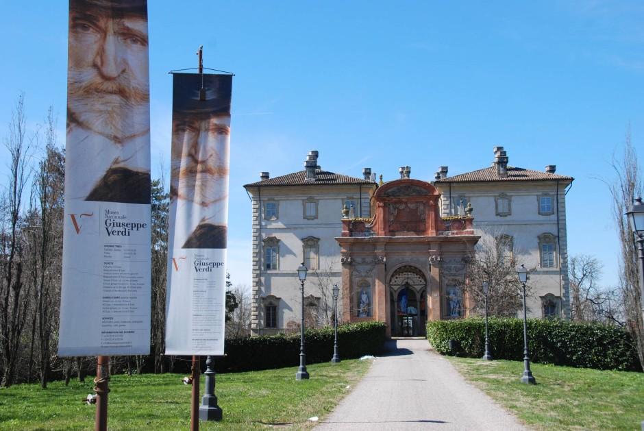 Bietet eine musikalisch-politische Biographie in 21 Stationen: die Villa Pallavicino in Busseto