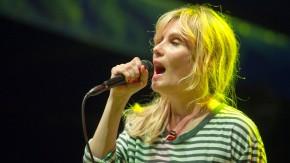 Emmanuelle Seigner in concert