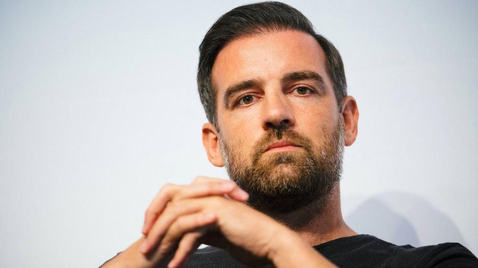 Strafverfahren gegen Christoph Metzelder: Gegen den Ex-Fußball-Nationalspieler ist Anklage wegen Verbreitung und Besitzes von Kinderpornografie erhoben worden.