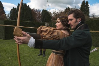 Die Sky Serie Victoria Verkauft Uns Eine Kindliche Königin