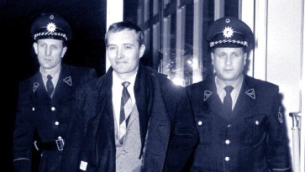 Rudolf Augstein rief Carl Schmitt zu Hilfe