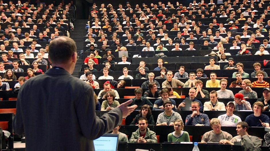 Männlich dominierter Hörsaal an der RWTH Aachen