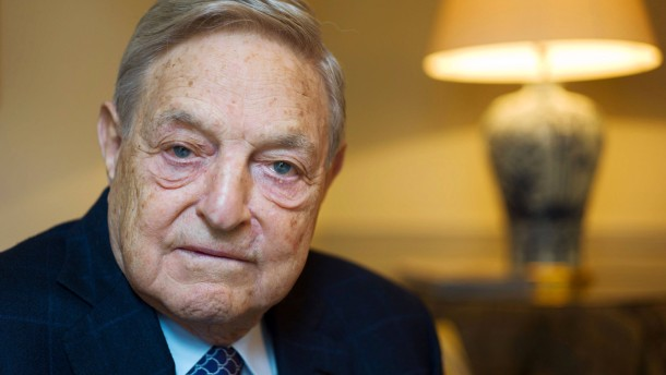 "George Soros - Der amerikanische Investor hält im Center for Financial Studies der Goethe Universität einen Vortrag zum Thema ""How to Save the European Union from the Euro Crisis""."