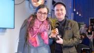 """Marie Sophie Hingst im Jahr 2017 mit dem """"Goldenen Blogger""""."""