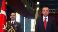 Recep Tayyip Erdogan Ende Oktober 2014 im neuen türkischen Präsidentenpalast in Ankara.