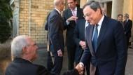 Im Optimismus vereint: Wolfgang Schäuble und Mario Draghi