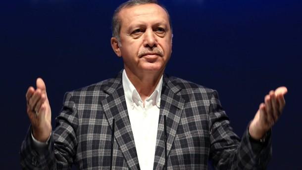 Erdogan geht auch gegen Springer-Chef Döpfner vor