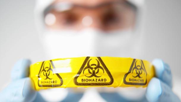 Mit Mikroorganismen entstehen neue Gefahrenquellen