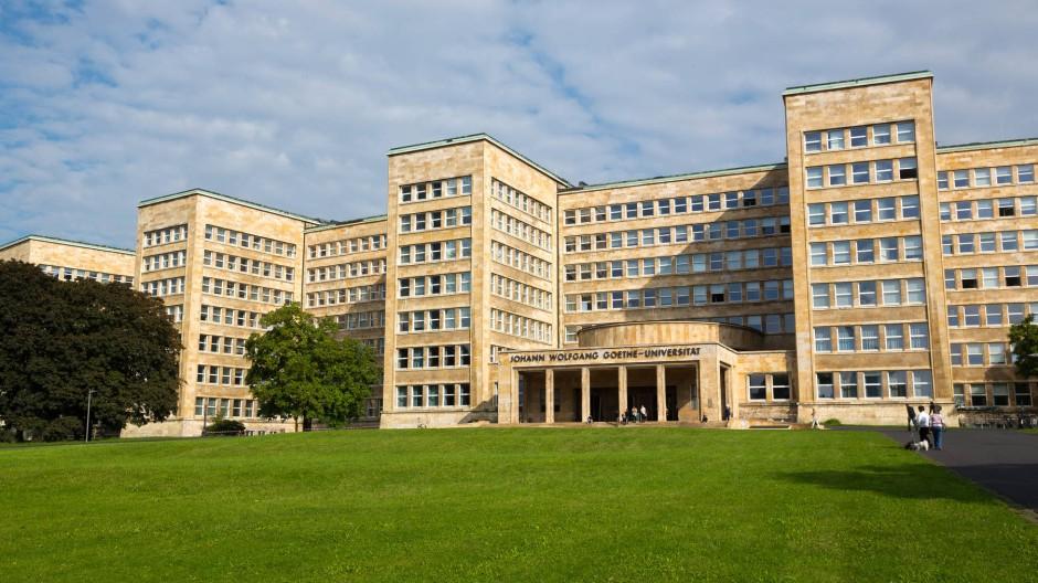 Prachtbau anderer Art: das von Hans Poelzig entworfene ehemalige I.G.-Farben-Haus, ab den fünfziger Jahren Quartier der amerikanischen Streitkräfte und seit 2001 der Campus Westend der Goethe-Universität