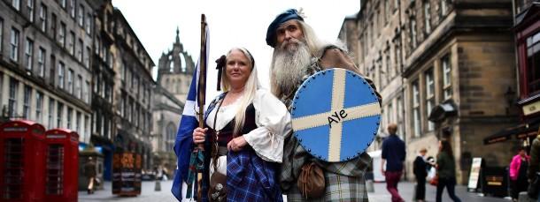 Wissen, was sie tun, auch wenn es nicht immer so aussieht: Schotten in Edinburgh