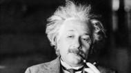 Auch die klügsten Köpfe lassen sich gelegentlich austricksen. Max Wertheimer führte Albert Einstein mit einer Knobelei hinters Licht.