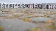 """Der Slogan """"Refugees Welcome"""" hat Schule gemacht."""