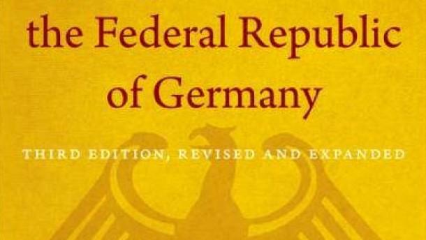 Damit auch Amerikaner das deutsche Grundgesetz verstehen können