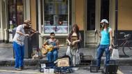 Weltkarrierenträume im Welttheaterviertel: Fast an jeder Ecke des French Quarter stößt man auf einen Musiker, der tapfer seiner Entdeckung harrt.