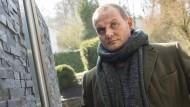 Mann mit roter Vespa und feinem Gespür für Bläschenbildung: Kommissar Jens Stellbrink (Devid Striesow)