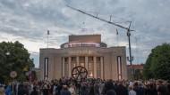 Mit dem Beginn der Theaterferien endet an diesem Samstag die Ära Castorf an der Volksbühne.