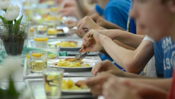 Warum viel Fleisch beim Schulessen ungesund ist