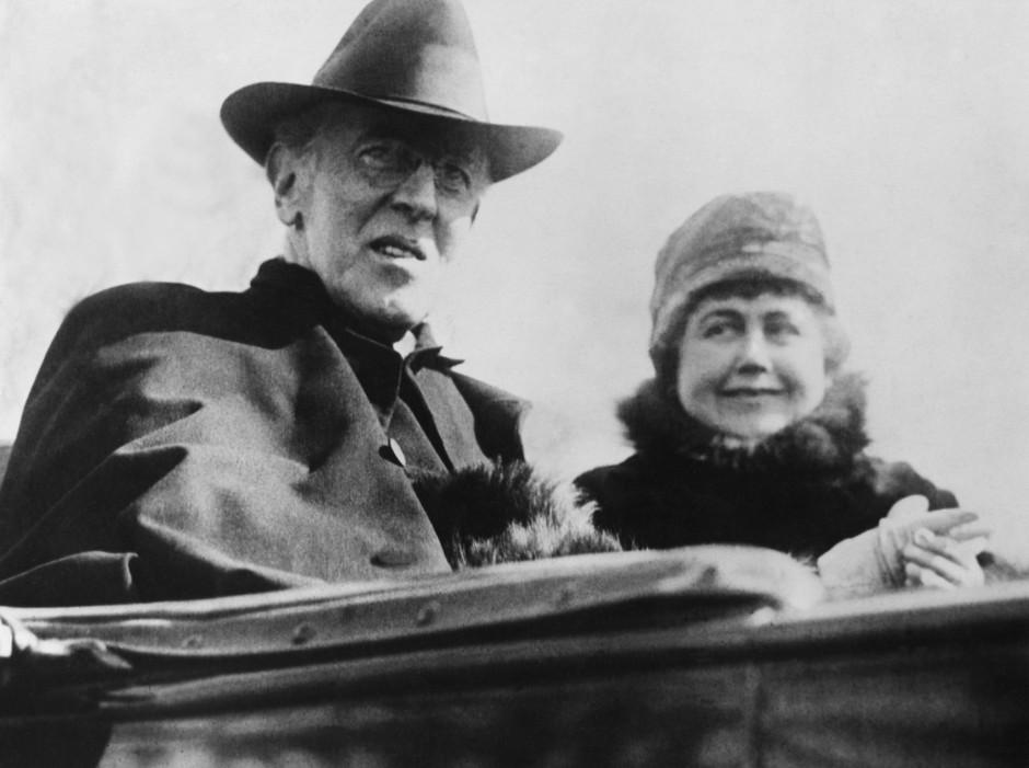"""Präsident Wilson mit seiner Ehefrau: """"1917 war er der Einzige, der eine Vorstellung davon besaß, wie es weitergehen könnte."""""""