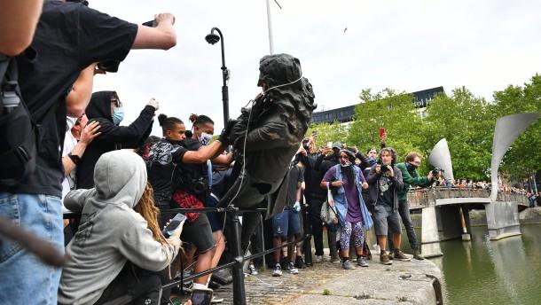 Denkmalsturz in Bristol