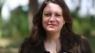 """""""Zunächst ist es wichtig, die Geschichten kundtun und die Gesellschaft zu sensibilisieren"""": Hanène Zbiss"""