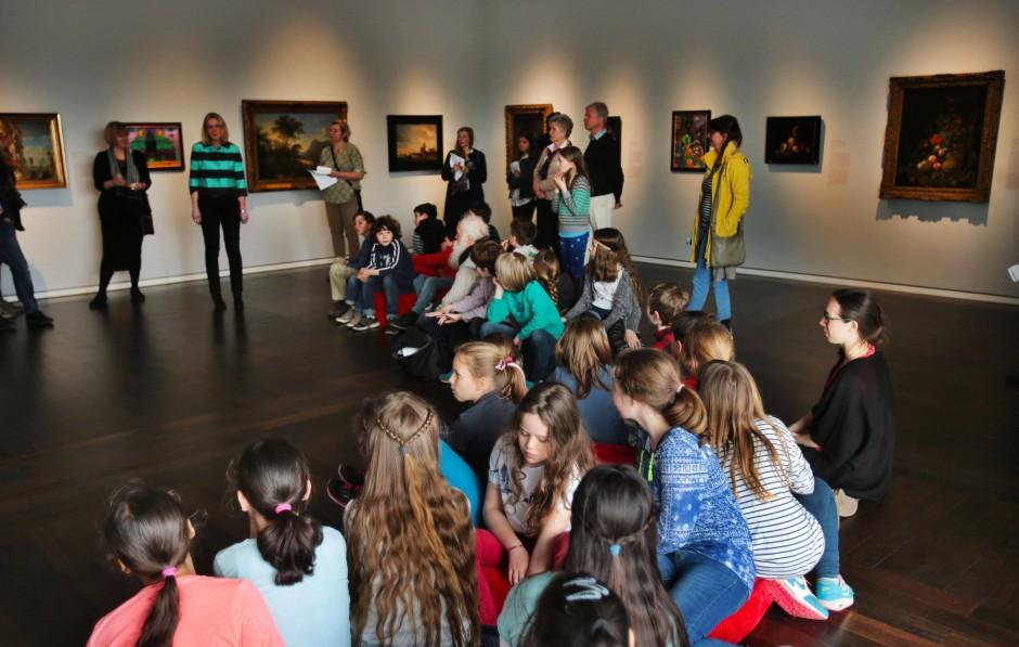 Die Überalterung in den Museen ist auch Ausweis eines nicht ausreichend funktionierenden Gesellschaftsvertrags zwischen den Generationen, beklagt Barbara Wenzel.