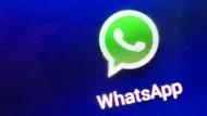 """Hält nicht viel von """"Datenhöflichkeit"""": Die Messenger-App Whatsapp."""