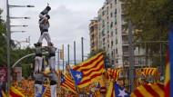 Menschenpyramide bei einer katalanischen Unabhängigkeits-Kundgebung