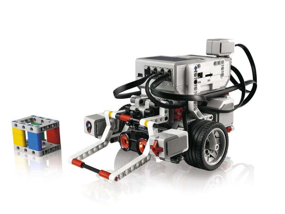 seite 2 lego mindstorms und andere roboter im kinderzimmer. Black Bedroom Furniture Sets. Home Design Ideas