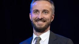 Böhmermann darf ins Hauptprogramm