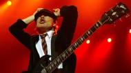 Angus Young und AC/DC zeigen Streaming-Diensten nach wie vor die Hörner