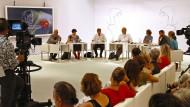 Hier kann man auch Kunstrichtern bei der Arbeit zusehen: Die Jury für den Ingeborg-Bachmann-Preis in Klagenfurt.