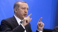 Schlägt gleich mehrere Klagewege ein: Recep Tayyip Erdogan