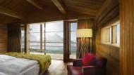 Modernes Design statt Tiroler Barock: Die Adler Lodge setzt den Dolomiten ihre eigene Ästhetik entgegen.