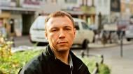 Viktor Pelewin, 1962 in Moskau geboren, entwirft in seinem Roman eine brutalistische Zukunft.
