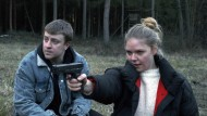 """Thomas Schubert als Tommi und Ricarda Seifried als Becky in einer Szene des Films """"Wintermärchen""""."""