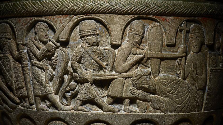 Kurz vor seinem Tod besuchte Karl Heinz Bohrer die Ausstellung über die Ermordung von Erzbischof Thomas Becket im Britischen Museum. Das Taufbecken mit der Darstellung der Mordtat im Dom von Canterbury stammt aus der Kirche im schwedischen Lyngsjö.