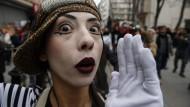 Kamen Frauen in der Schlacht von Çanakkale vor? Schauspielerin am Welttheatertag in Istanbul