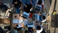 Jugendliche tun sich mit Online-Werbung schwer