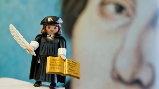 Wer schützt Luther vor seinen Lobrednern?
