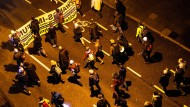 "Demonstration gegen ""drohende Zwangsimpfung"" in Stuttgart"