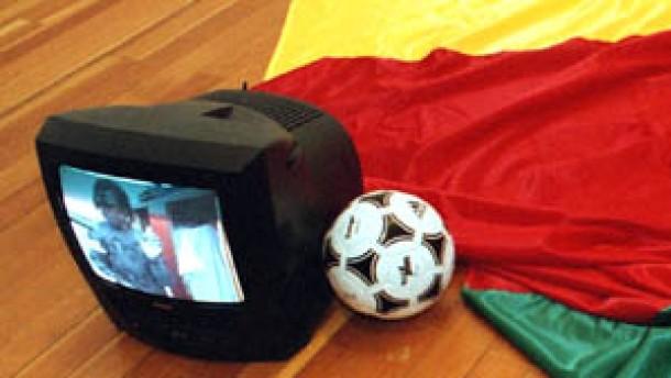 Spannung im Vorfeld - documenta gegen Fußball-WM