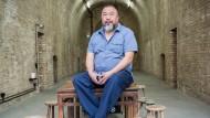 Ai Weiwei in seinem Atelier in Berlin-Prenzlauer Berg.