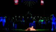 """In der Rockerette """"Barbarossa ausgeKYFFT"""" erwacht Barbarossa 2015 auf den Bühnen der Stadt Gera und dem Landestheater Altenburg."""