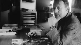 """Thomas Huber liest """"Drei unvollständige Versuche"""" von Ror Wolf"""