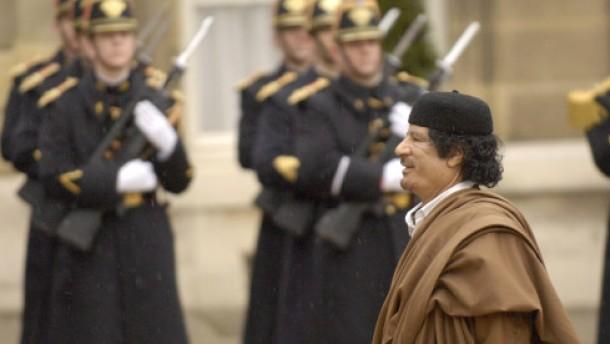 Intellektuelle Kapitulation: Gaddafi zeltet in Paris