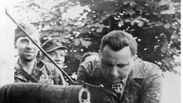 Der belgische Hitler-Sohn und der deutsche Überleib