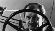 Enge Bindung zu den Spitzen des Regimes: Ferdinand Porsche (1875 bis 1951) in einer undatierten Aufnahme