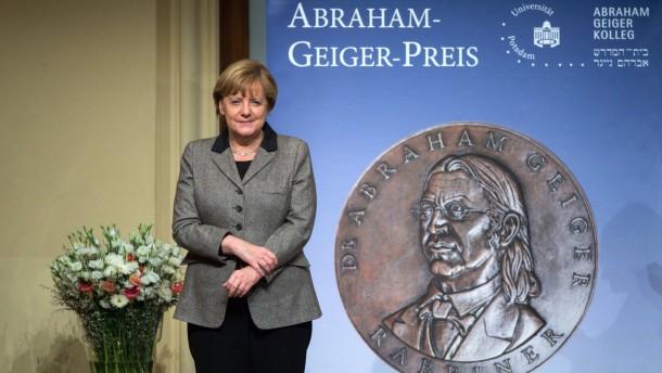 Stark, Frau Merkel!