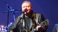 Greg Lake im Mai 2013 in Berlin